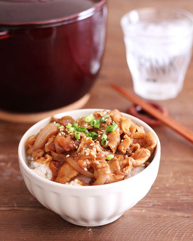 簡単ランチ!薄切り肉のソースカツ丼風ごはん