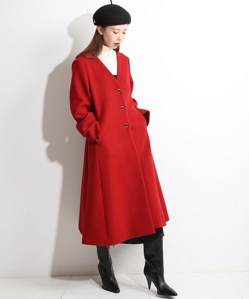 黒ワンピ×帽子のレディース冬ファッション