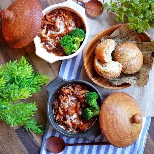 キノコと牛肉で出汁を取った簡単牛肉のスープ