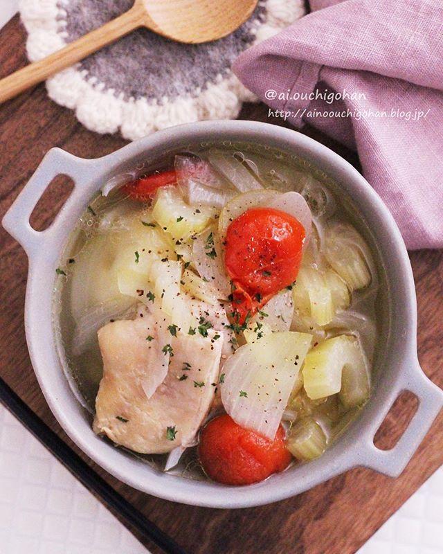 鶏肉とたっぷり野菜の簡単スープ