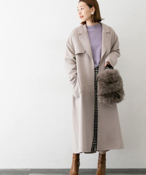 トレンチオーバーコート×チェック柄スカート