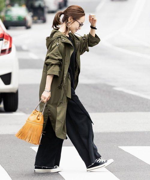 [kobelettuce] 【WEARISTA田中亜希子さん×KOBE LETTUCEコラボ】センタープレススウェットワイドパンツ