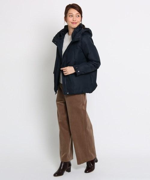 ネイビーダウン×茶色パンツの冬コーデ