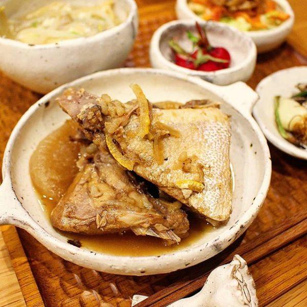 和食の人気レシピ!ブリカマ大根煮