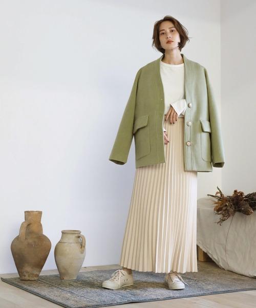 ショートヘアに似合う冬の服装|スカート6