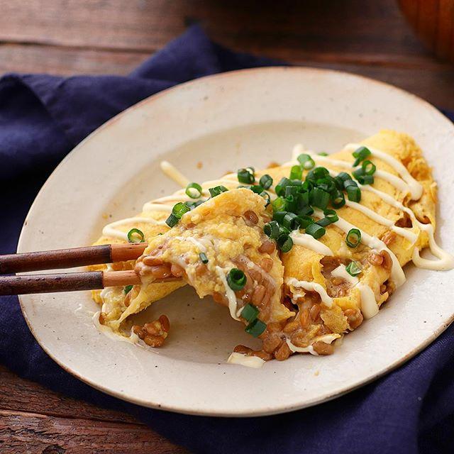ふわふわした食感に!納豆チーズオムレツ