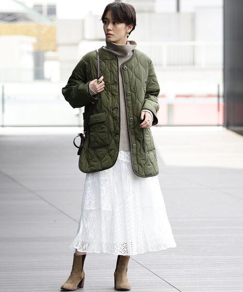 ショートヘアに似合う冬の服装|スカート