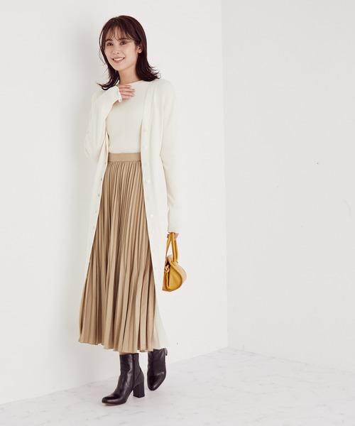 高級感のある秋冬プリーツスカートコーデ