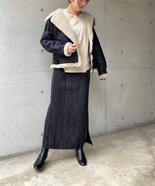 フライトジャケット×プリーツスカート