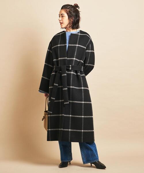 ショートヘアに似合う冬の服装|パンツ7