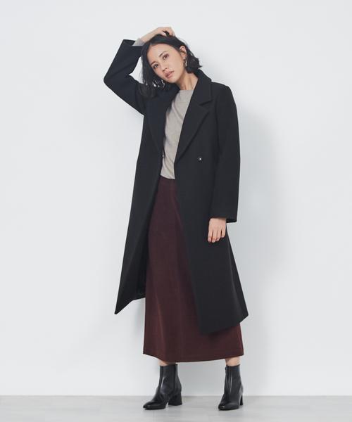 大人女性チェスターコート×ロングスカート