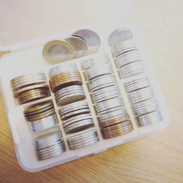 小銭収納に便利なダイソーのケース