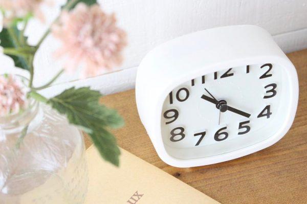 シンプルなデザインが人気のダイソー置時計