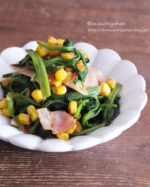 冬野菜の簡単レシピのほうれん草ソテー