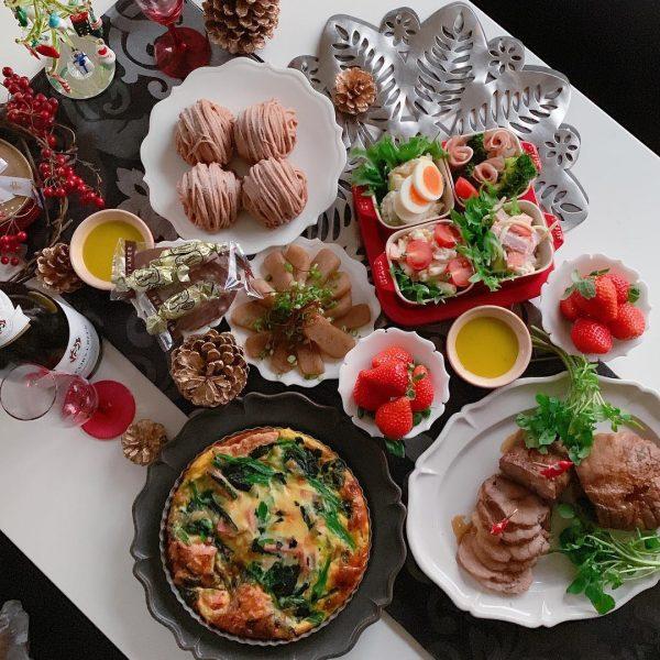 クリスマステーブルコーデ《モノトーン》