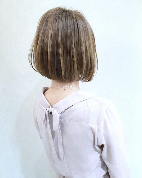 寒色系で人気のヘアカラー【グレー】