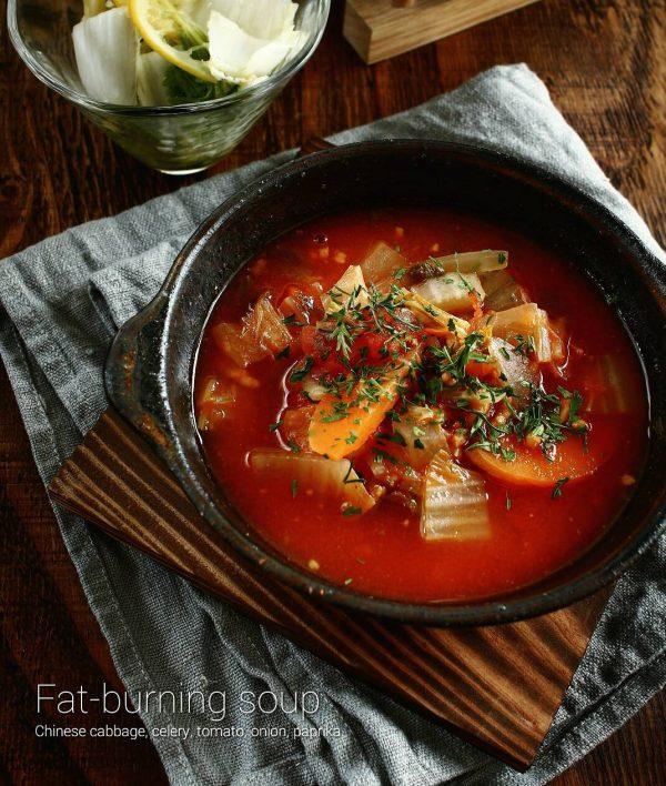 食べるスープのおすすめレシピ特集!トマトスープ4