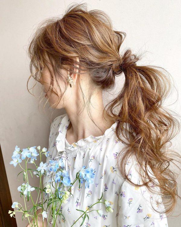 束感のある後れ毛の出し方