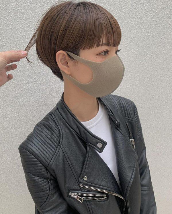 丸顔に似合うハンサムショートヘア2