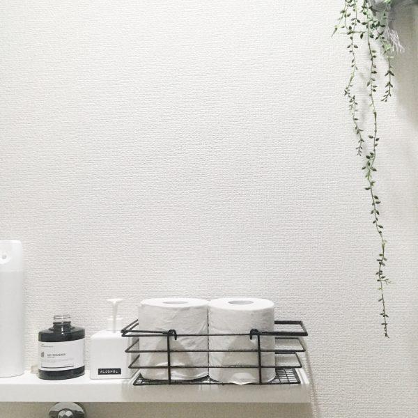 IKEAウォールシェルフでトイレの壁面収納