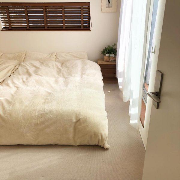 ナチュラルでおしゃれな寝室インテリア3