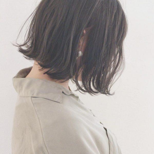 寒色系で人気のヘアカラー【ブルー】2