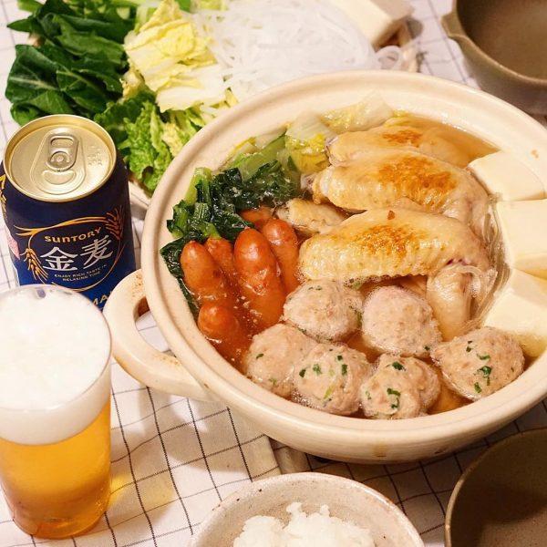 鶏団子と手羽先のあっさり鍋