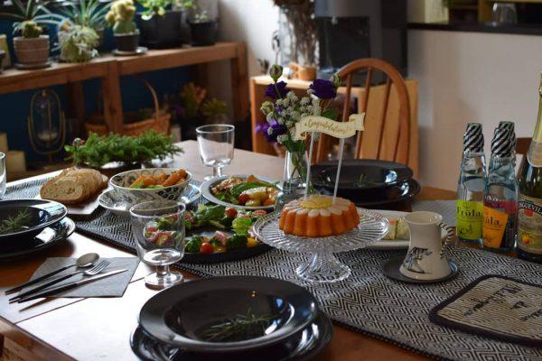 クリスマステーブルコーデ《モノトーン》2