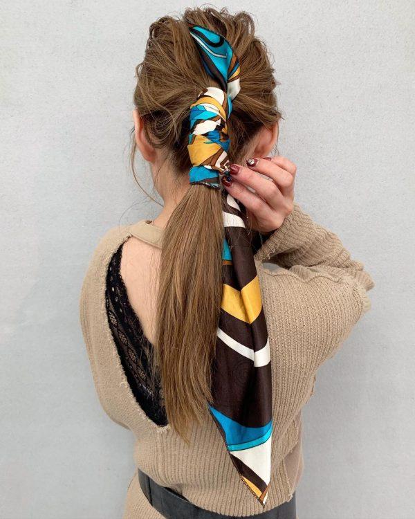 華やかでおしゃれなロングのきっちりまとめ髪