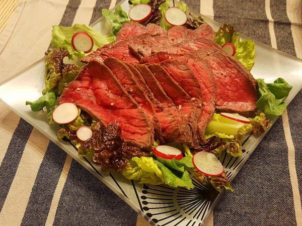 定番のおもてなし料理!ローストビーフ