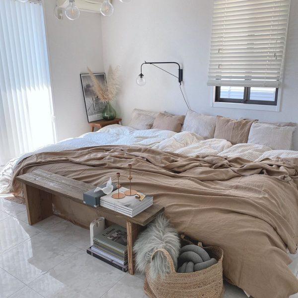 ナチュラルでおしゃれな寝室インテリア2