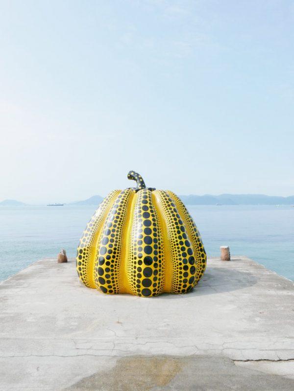 一度は行きたい日本の「直島」