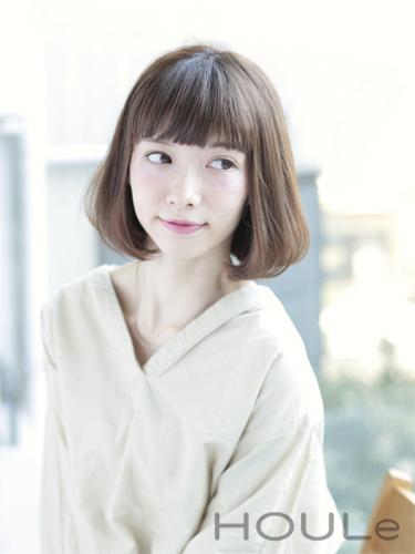 離れ目の女性に似合う髪型:パーマ2