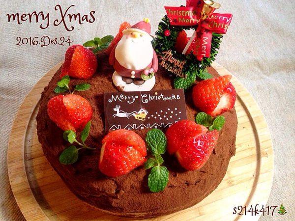 チョコのクリスマススポンジケーキ