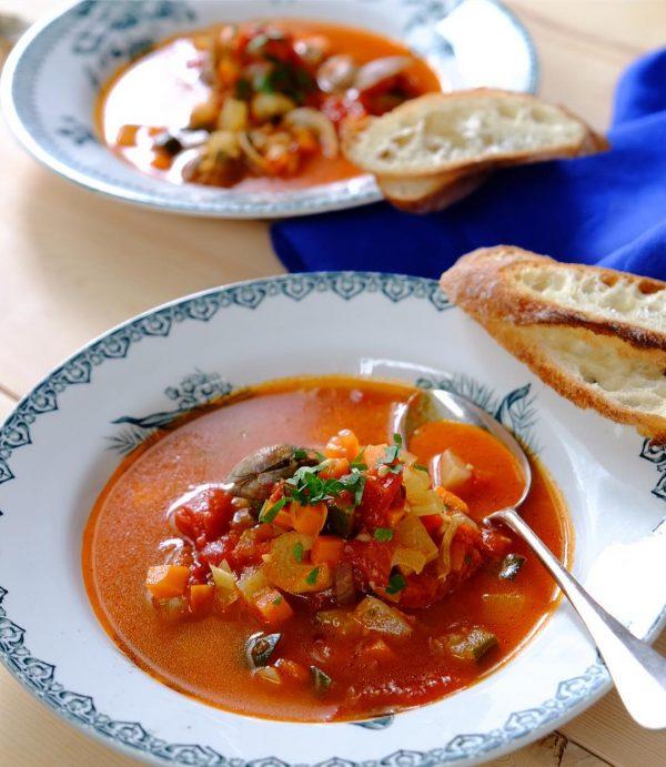 食べるスープのおすすめレシピ特集!トマトスープ