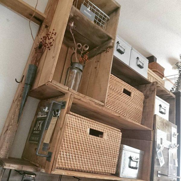 リンゴ箱棚ディアウォールDIY収納ラック