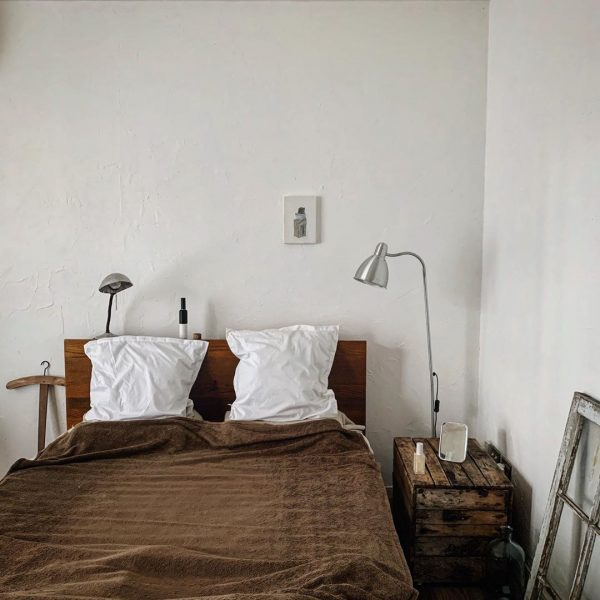 ナチュラルでおしゃれな寝室インテリア10