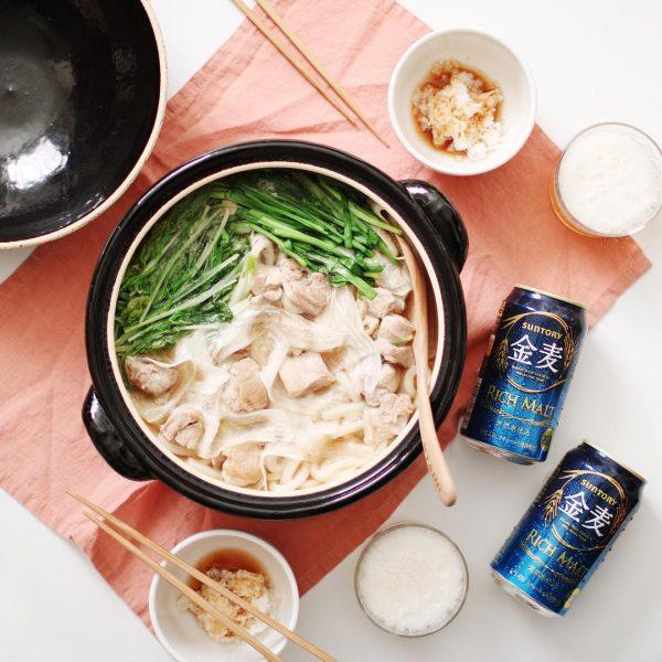 醤油風味の鶏肉と大根スライスの合わせ鍋