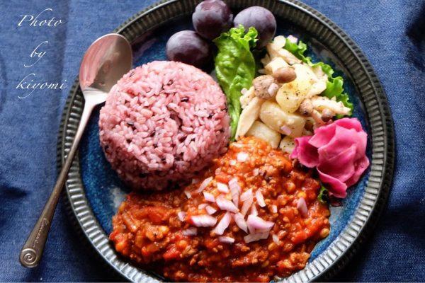 豚肉ともち麦のキーマカレー