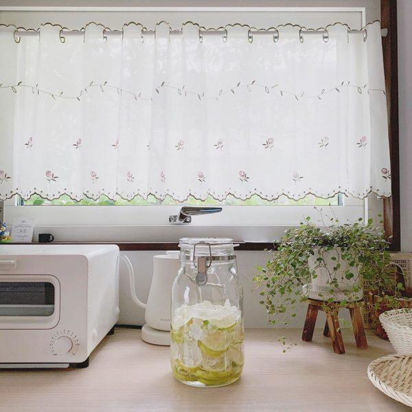 キッチン目隠しカーテンアイデア 小窓2