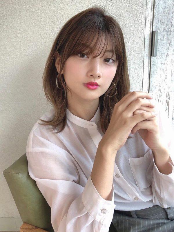 オフィス向け♪韓国風ミディアムの髪型