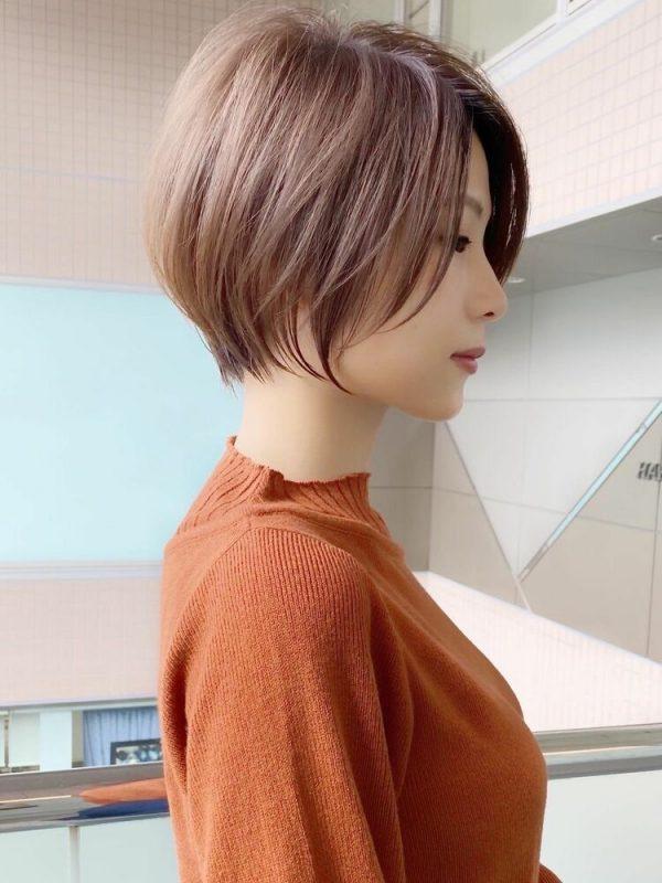軽やかなひし形ショートヘア