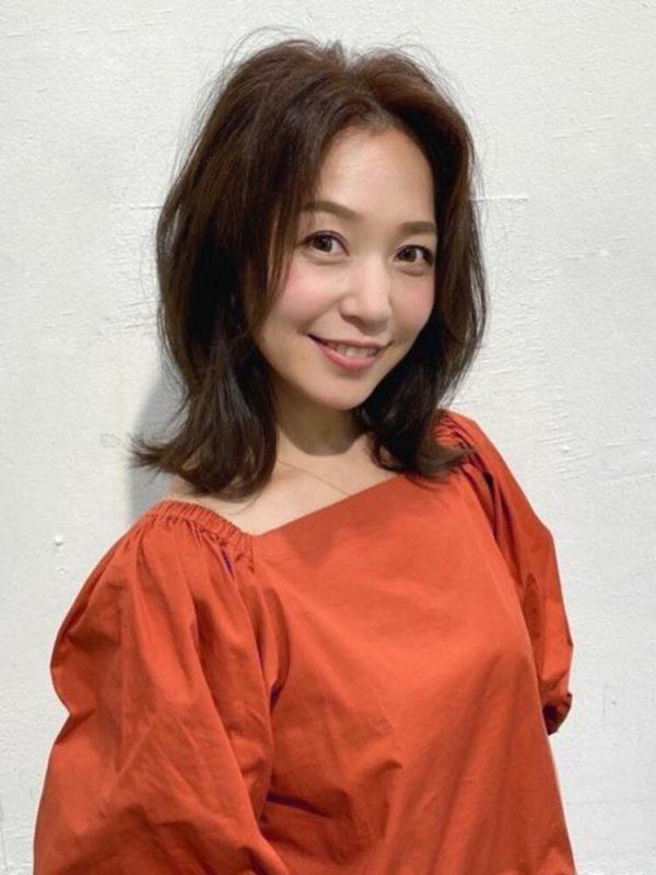 ミセスにもイチオシ!韓国風ミディアムの髪型