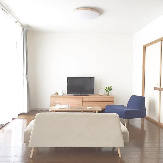 ベージュのソファを使ったインテリア3