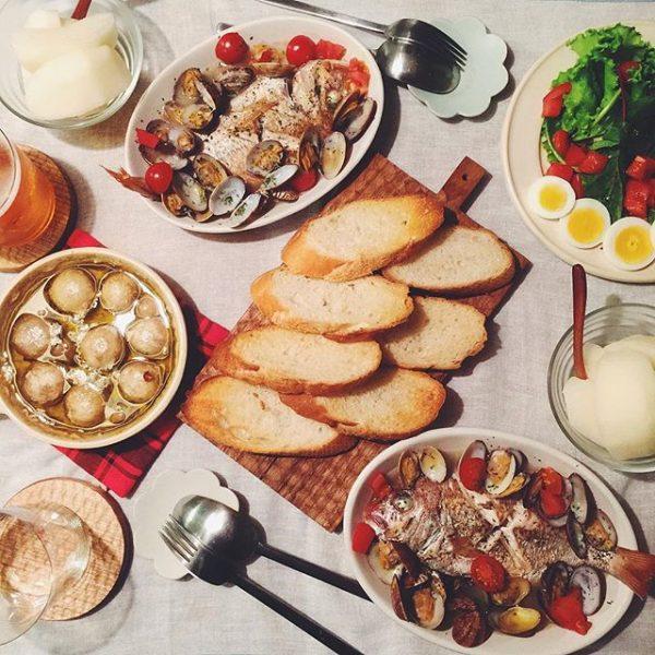 豪華なメイン料理!鯛のアクアパッツァ
