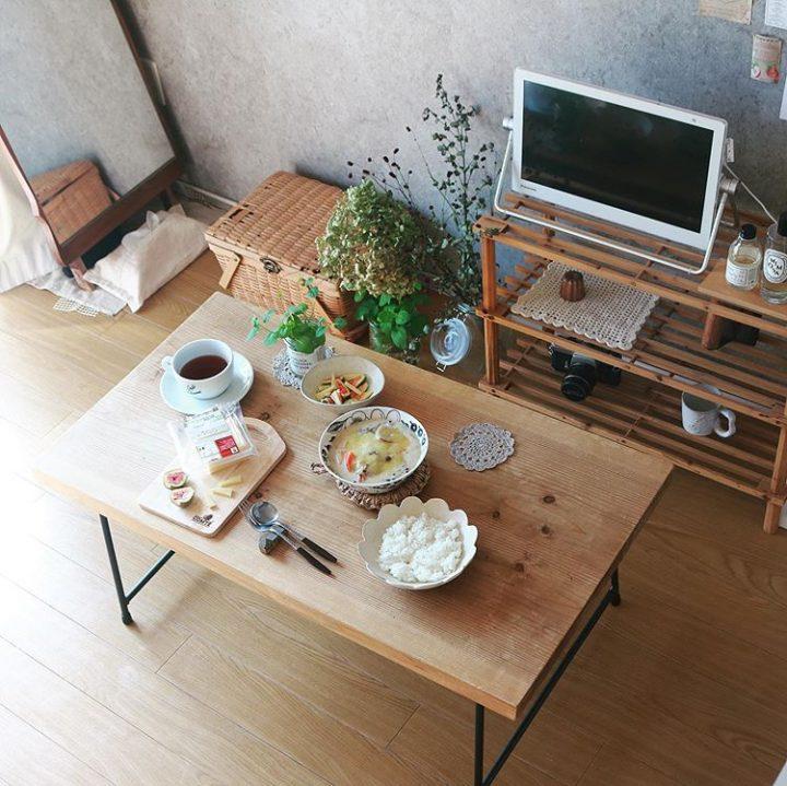 nm一人暮らしの小さなキッチンで生み出される豊かな食卓