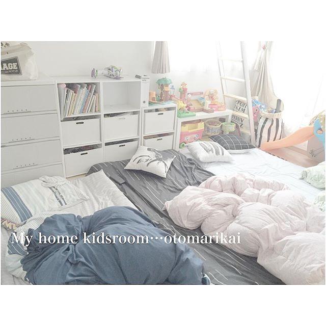 子供部屋を3人で使うレイアウト10