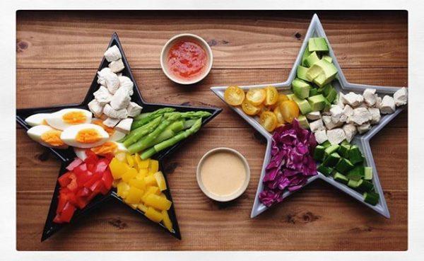 野菜たっぷりのヘルシーな献立!コブサラダ