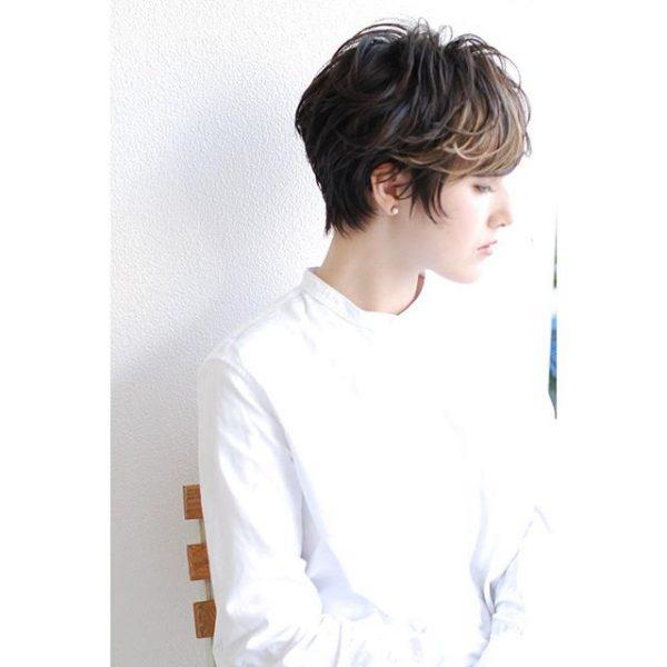 ショートパーマ×厚め前髪〈前髪あり〉