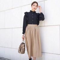 レザースカートの冬コーデ【2021】プリーツやタイトのトレンド着こなし術♪